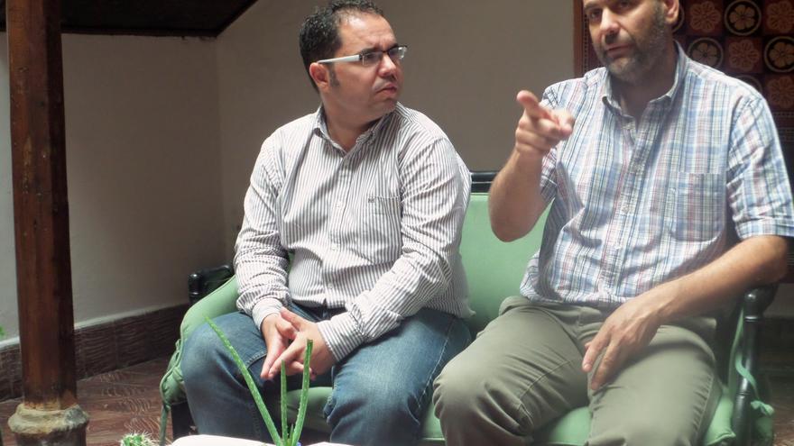 Gustavo Santana Martel (UGT) y Antonio Suárez (UPA)