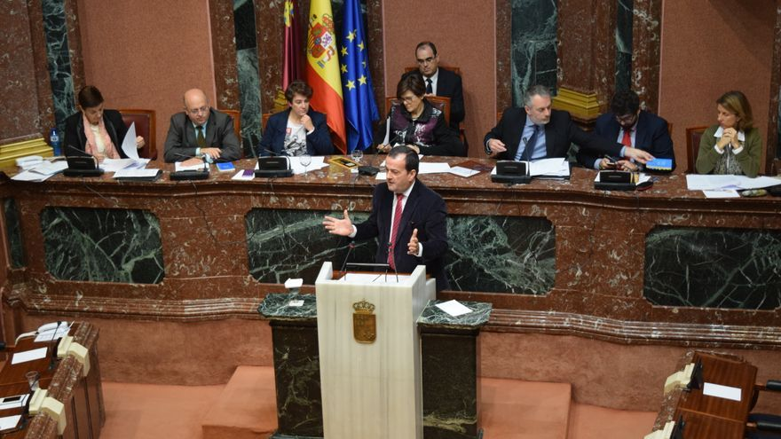 Javier Iniesta en la Asamblea Regional
