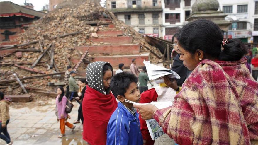 Incertidumbre y abandono en Katmandú. / EFE.