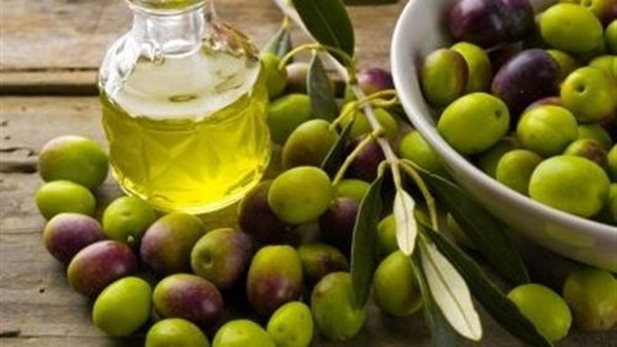 Aceite de oliva, esencial en la dieta mediterránea