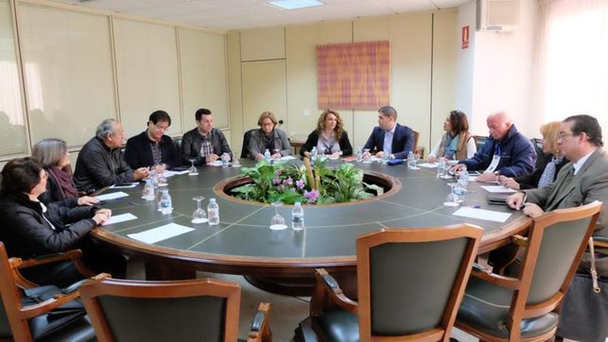 Reunión celebrada este lunes sobre el apoyo a los emigrantes retornados de Venezuela.