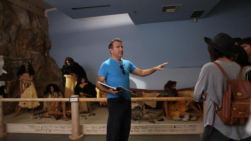 Richard Schenkman en el rodaje de 'The Man From Earth: Holocene'