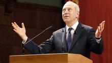 """Michael Sandel: """"La xenofobia es la respuesta política a un fracaso de los partidos convencionales"""""""