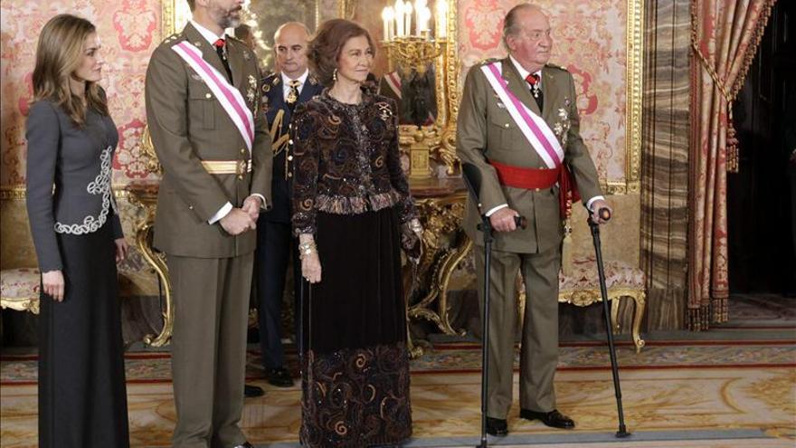 El Rey y el Príncipe mantienen sueldos y el resto de Famila Real lo recorta en 55.000 euros