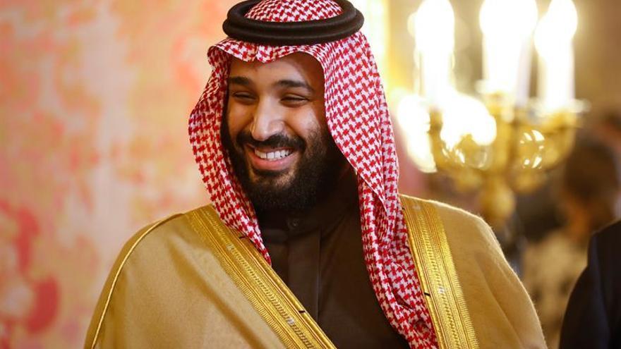 """Arabia Saudí invita a última hora al príncipe de Baréin al """"Davos del desierto"""""""