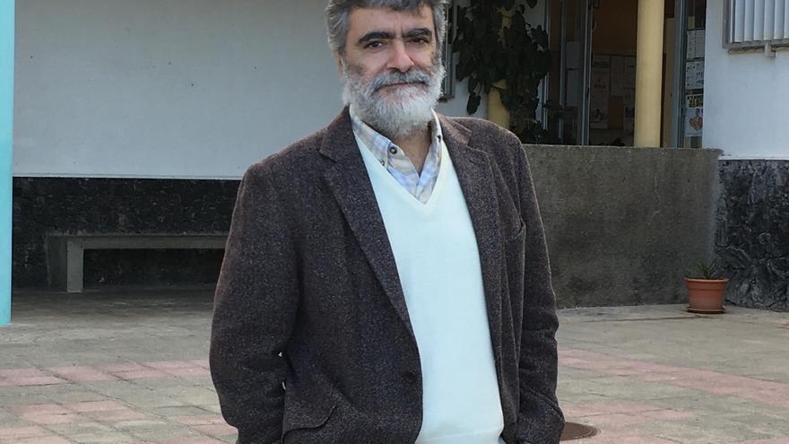 Anelio Rodríguez Concepción es escritor y profesor.