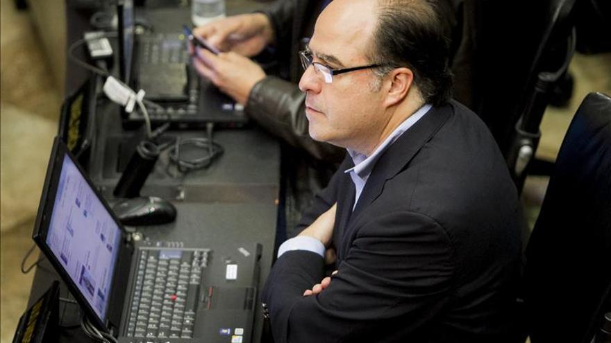 Diputado venezolano señalado golpista se mantiene a la espera de una decisión de la Fiscalía