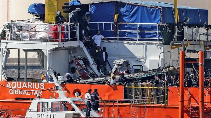 El buque Aquarius partirá a las 14.00 horas del puerto de Valencia