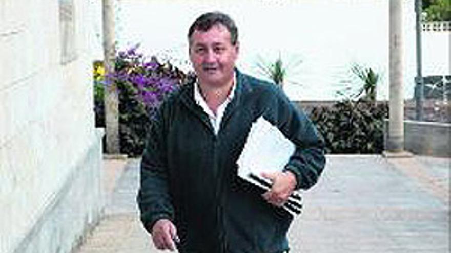 Manuel Travieso, ex alcalde de Puerto.