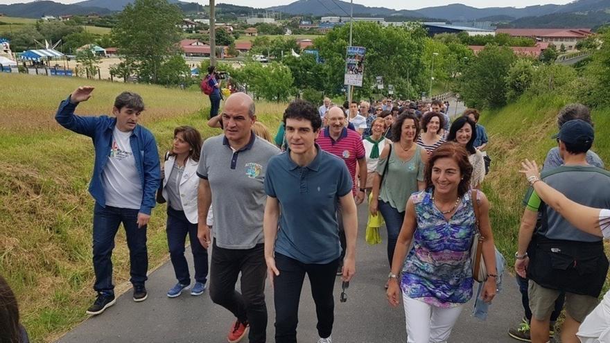 """Gobierno Vasco recalca que la educación """"no puede ser usada como arma política"""" sino que debe servir para unir"""