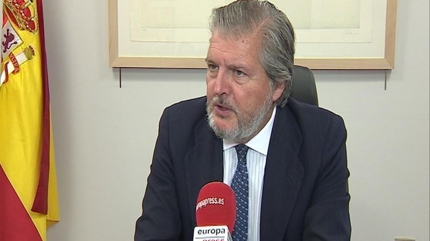 "Méndez de Vigo asegura que hará ""un esfuerzo"" para intentar incrementar la dotación del Ministerio a DSS2016EU"