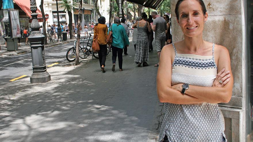 Patricia Campos, piloto, escritora y futbolista, en Valencia