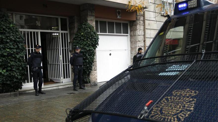 La Policía registra la casa del expresidente de la Generalitat Jordi Pujol
