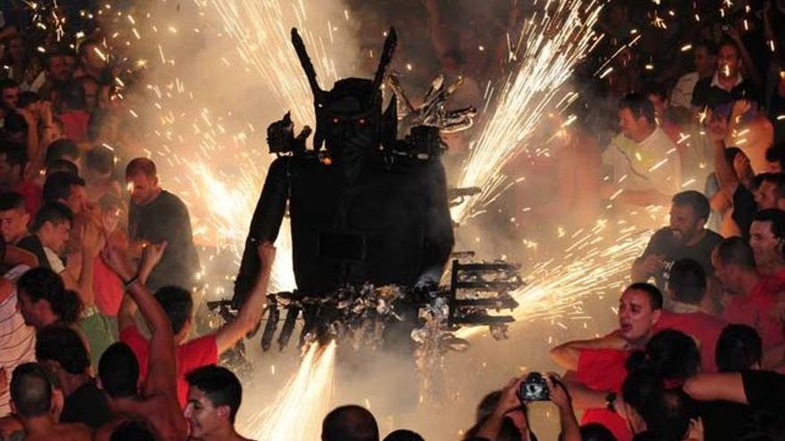 Imagen de archivo de la Danza del Diablo de Tijarafe.