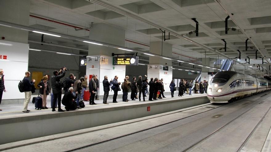 Una estación del AVE. EUROPA PRESS