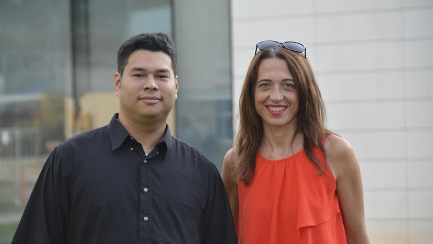 Franks González-Landero y Raquel Lacuesta, ingenieros informáticos de la Universidad de Zaragoza.