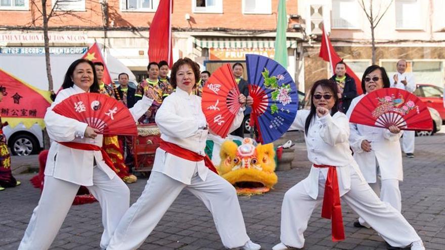 Usera, el barrio chino de Madrid, sale a celebrar el nuevo año