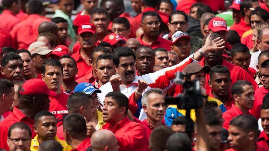 El chavismo y la oposición conmemoran el fin de la dictadura con acusaciones y denuncias