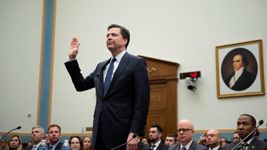 El director del FBI, James Comey declara durante el comité 'El equilibrio de la encriptación: sistema de equilibrio entre la seguridad y la privacidad'.