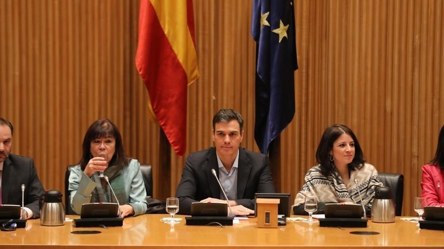 Pedro Sánchez pide al Gobierno que proponga a una mujer experta en política monetaria para el BC, en lugar de Guindos