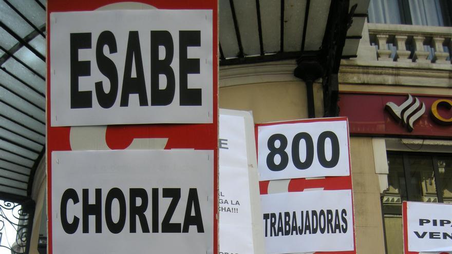 Trabajadoras exigen en Madrid que Esabe les pague las nóminas. (Foto: CCOO).