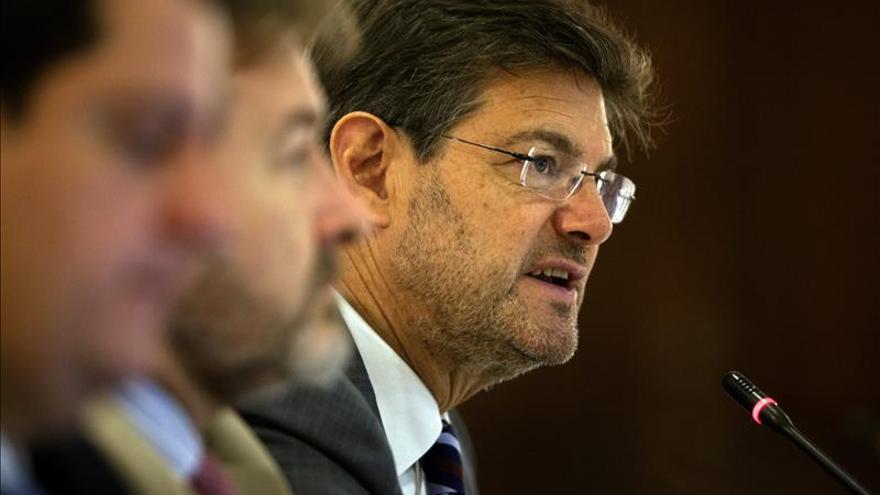 El ministro de Justicia español dice que los resultados de los comicios llaman al diálogo y a acuerdos