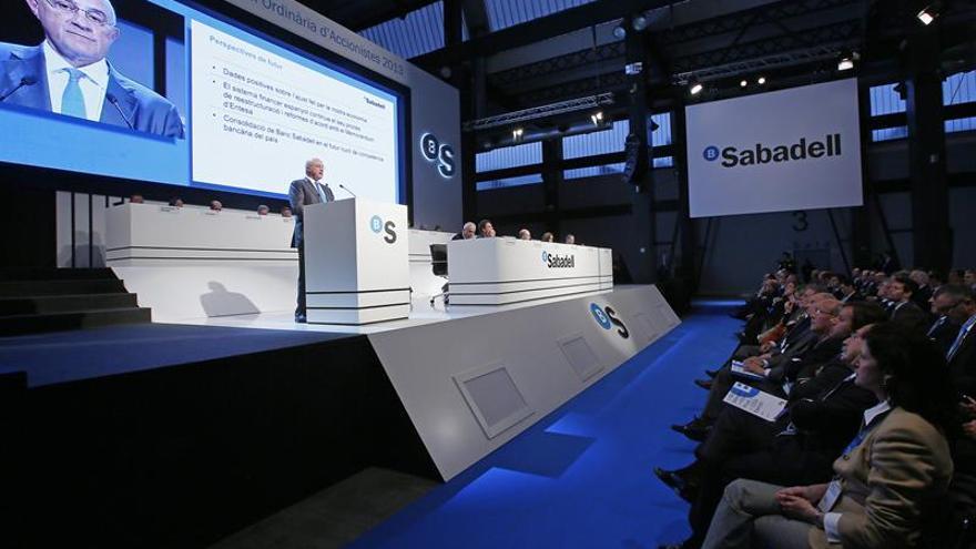 Banco Sabadell gana 450,6 millones hasta junio, casi un 6 % más