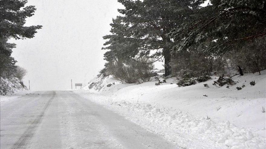 El frío se suaviza pero las nevadas se mantienen en el norte peninsular