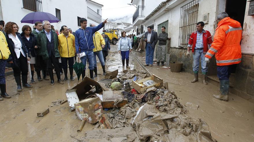 """Griñán destaca que se ha actuado con todos los medios, """"bien coordinados"""", en las inundaciones"""
