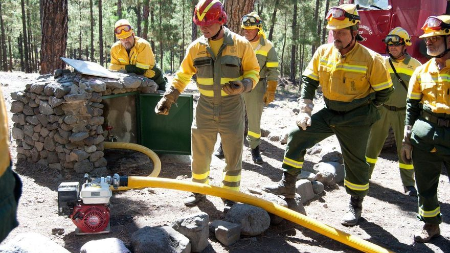 Participantes en la jornada formativa sobre los protocolos de actuación en caso de un incendio forestal.