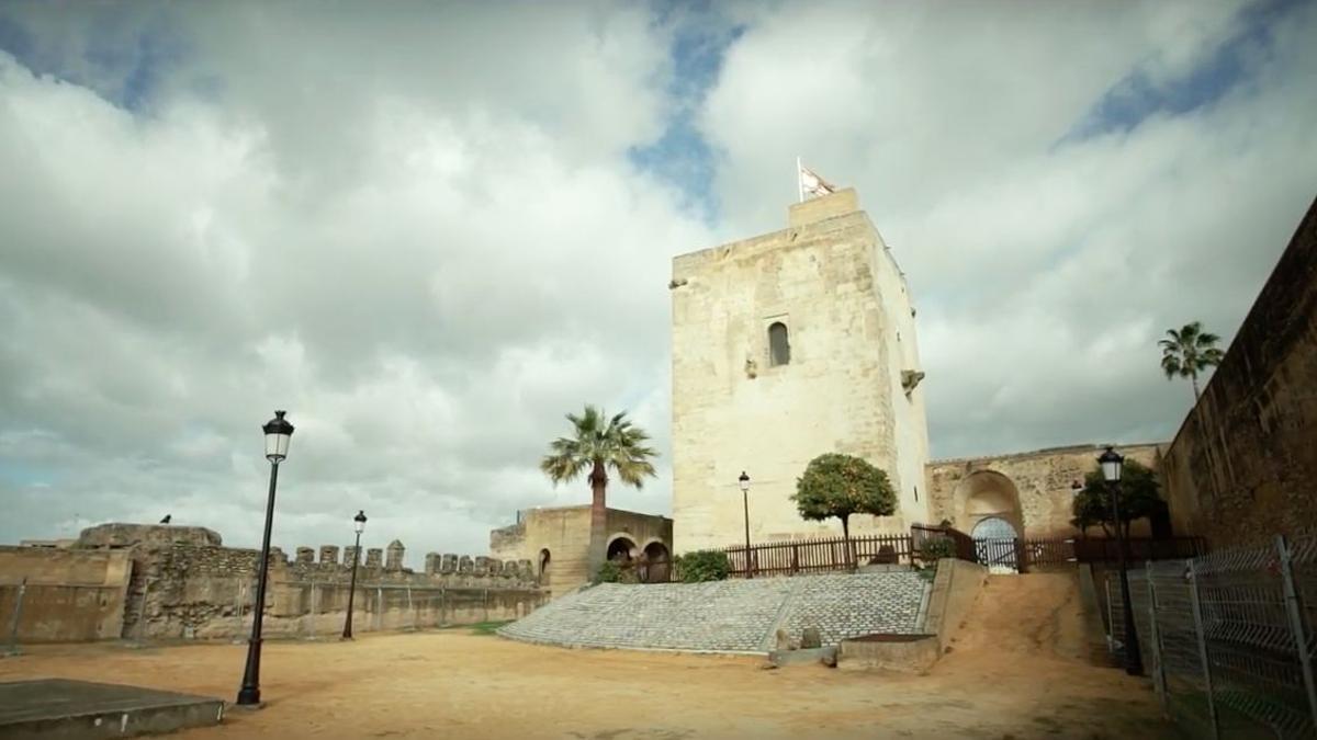 El castillo enclavado en Utrera pertenece a Sevilla desde el siglo XIII.
