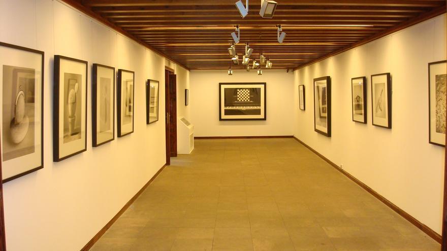 Imagen de una de las salas que acogen la exposición de Madoz.