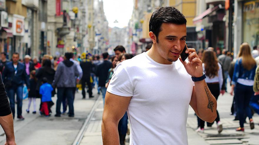 Jove turc a l'Avinguda Istiklal, a la part europea d'Istanbul