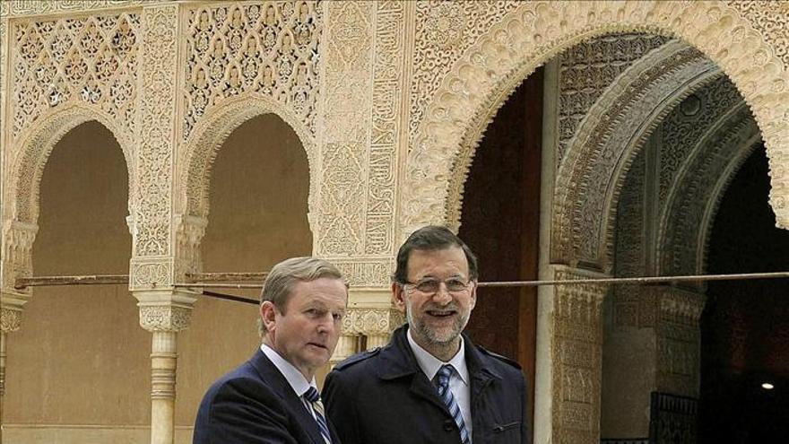 Rajoy afirma que creará empleo esta legislatura y no va a cambiar su Gobierno