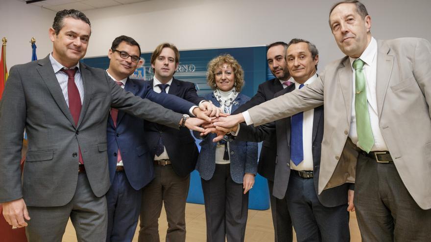 Cantabria garantizará los suministros básicos a las familias más necesitadas. | RAÚL LUCIO