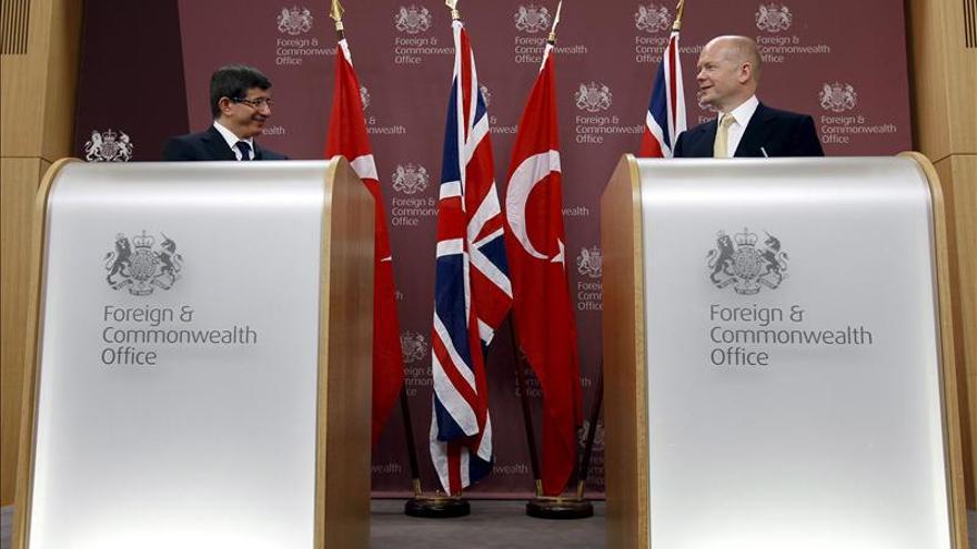 El Reino Unido urge a los británicos a abandonar la ciudad libia de Bengasi