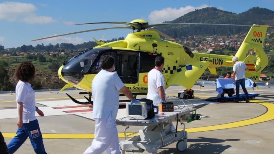Helicóptero del 061 gallego operado por Inaer-Babcock, adjudicataria hasta ahora del servicio y que lo segue prestando mientras no se resuelve el nuevo concurso