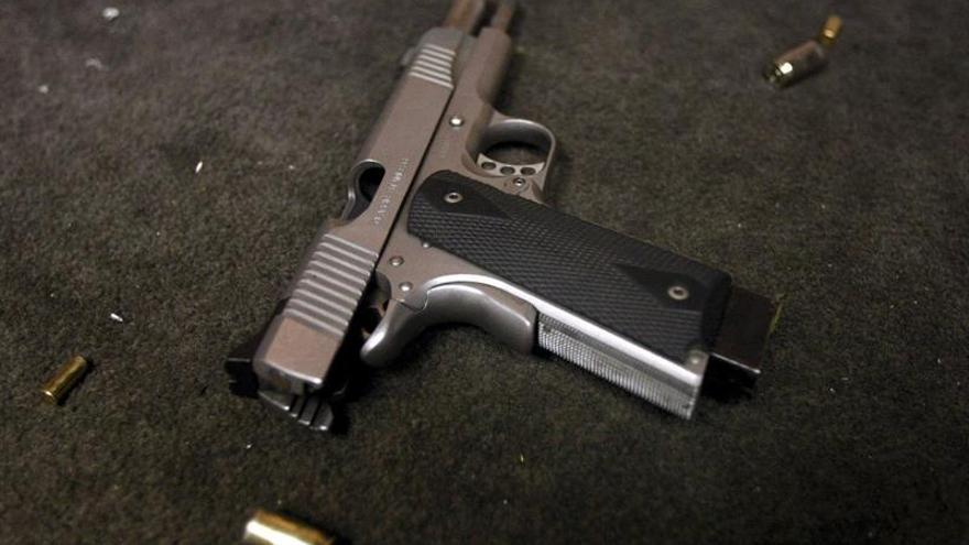 Ofrecen recompensa a estudiantes que delaten a profesores anti-armas en Texas