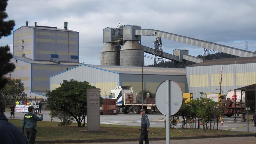El Gobierno concede 91 millones en subvenciones para compensar costes de CO2 de la industria electrointensiva