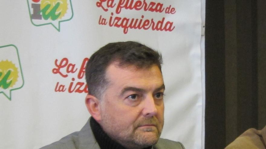 """Maíllo lamenta la salida de la CUT pero apunta que """"muchos"""" de sus alcaldes y concejales """"se van a quedar"""" en IU"""