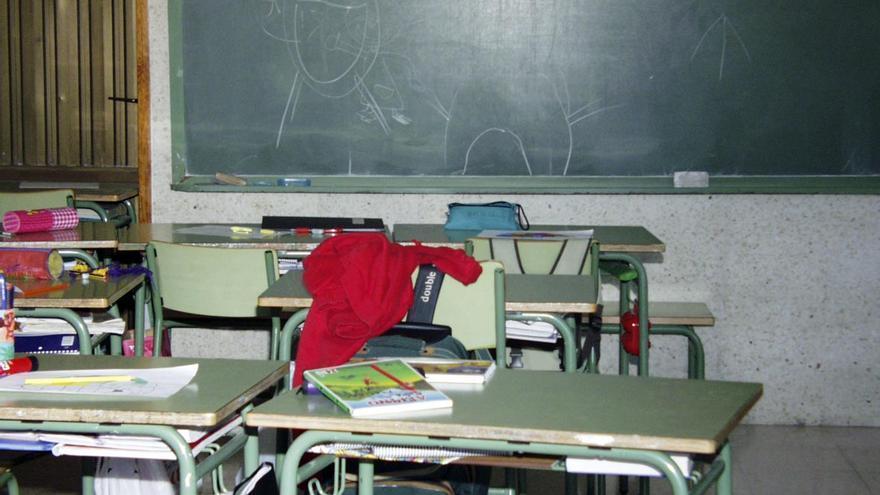 Imagen de archivo de un aula Colegio Adoración Rodríguez de Playa San Juan en Guía de Isora, Tenerife.