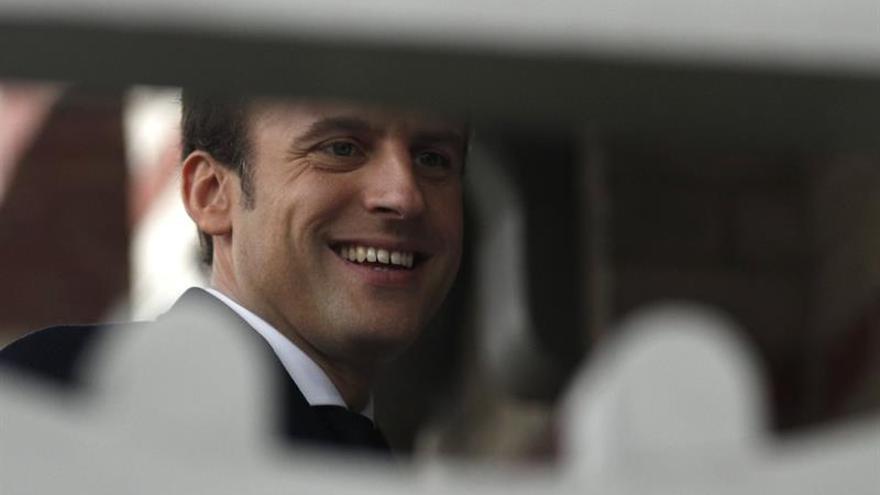 El presidente del PE felicita a Emmanuel Macron por su victoria
