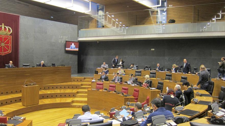 El Parlamento aprueba el reparto de la participación de los ayuntamientos en los tributos de Navarra