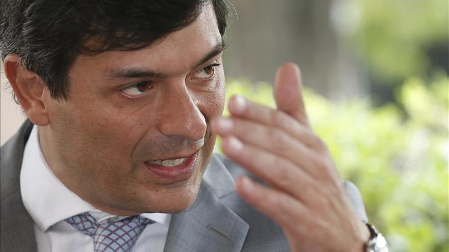 Candidato independiente chileno se querella contra la oficialista Matthei