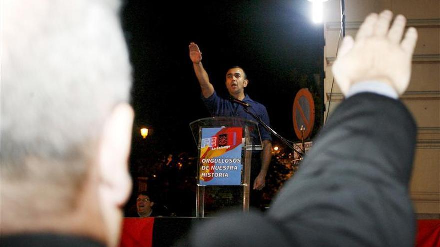 La Fiscalía denuncia a los líderes de Alianza Nacional y La Falange por incitar al odio
