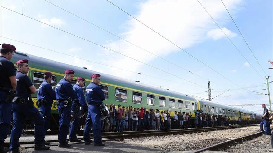 Los países del Este de Europa consensúan hoy en Praga su postura frente a los refugiados