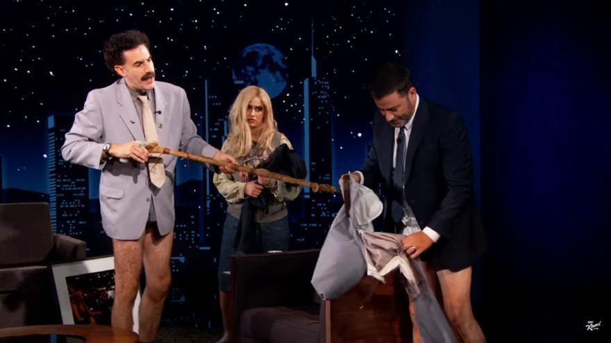 Sacha Baron Cohen como 'Borat' en el programa de Jimmy Kimmel