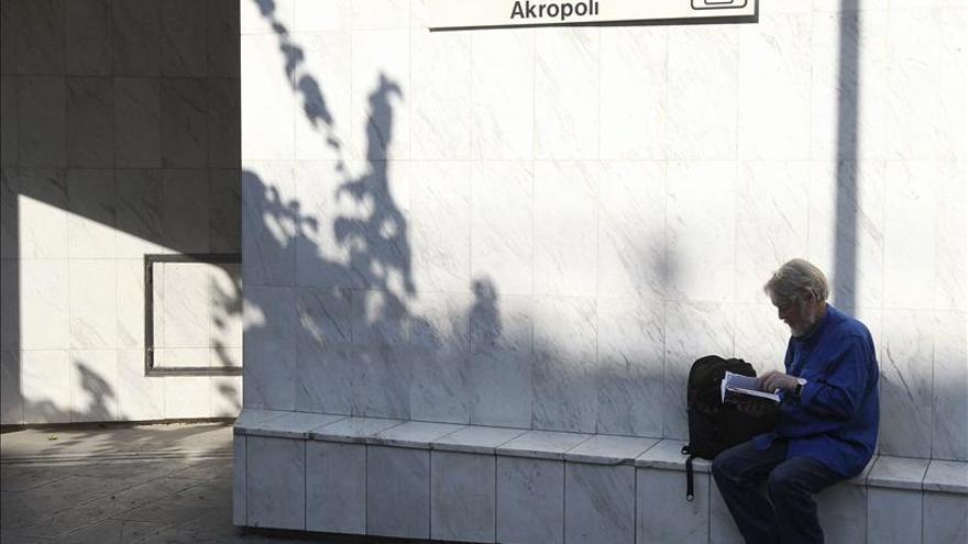 El sexto día de huelga del transporte provoca grandes atascos en Atenas