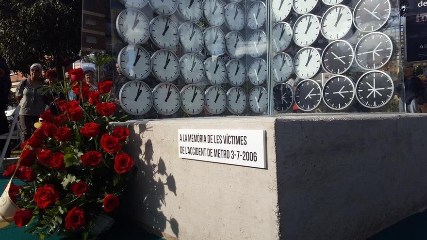 El monumento erigido en Valencia en honor a las víctimas del metro