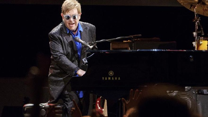 El artista británico Elton John en su concierto de Gran Canaria.